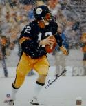Terry Bradshaw Autographed Pittsburgh Steelers 16x20 Snow PF. Photo- JSA W Auth