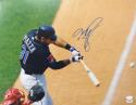 Mike Piazza Autographed Mets 16x20 Close Up Photo- JSA/PSA Authenticated