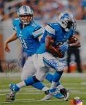 Reggie Bush & Matt Stafford Autographed 16x20 Hand Off Photo- JSA Authenticated