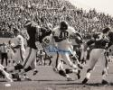 Gale Sayers Autographed 16x20 B&W Against Vikings Photo- JSA W Authenticated